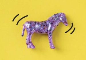 Mailchimp kickstart package - purple horse on yellow backgrdoun