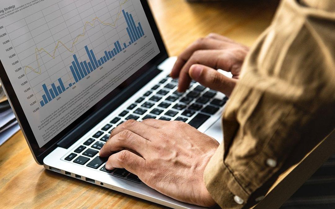 Email Data Analyst job description